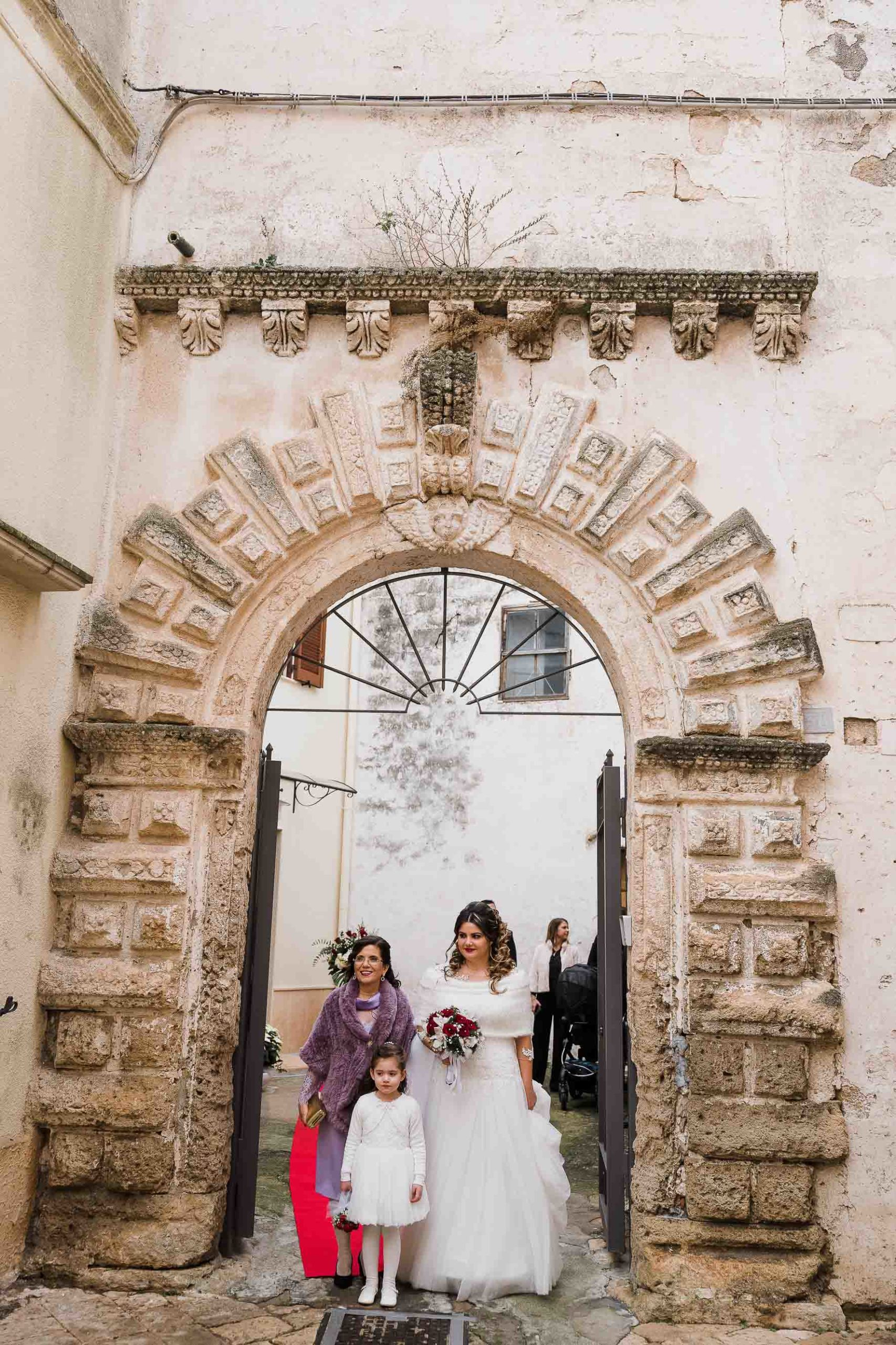 sposa-va-in-chiesa