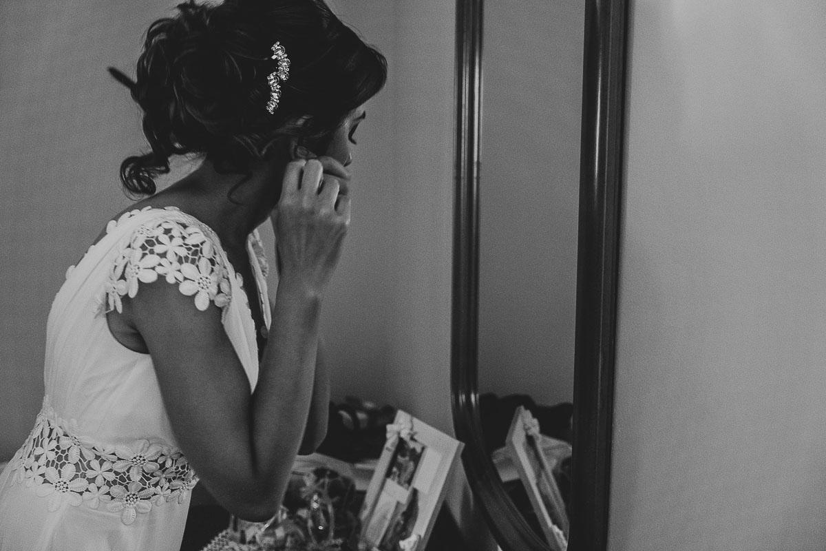 sposa-indossa-orecchini